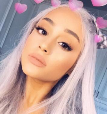Ariana Grande utleniła włosy! Jak teraz wygląda?