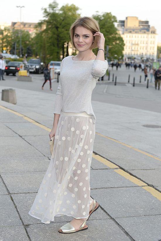 Ada Szulc w blondzie na rozdaniu Fryderyków 2014