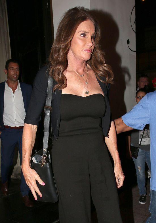 Caitlyn Jenner nie potrafi chodzić na szpilkach!
