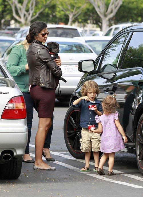 Camila Alves rozwkita w ciąży (FOTO)