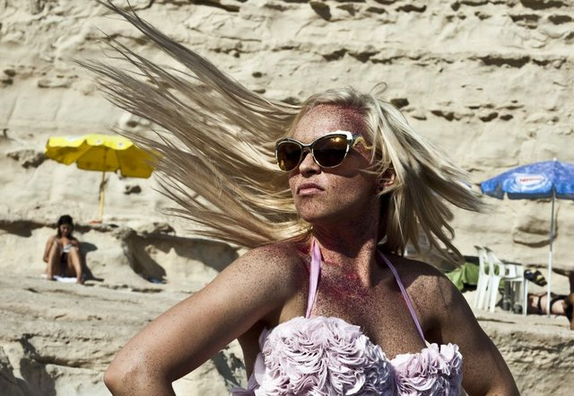 Seksowna Candy Girl w nowym teledysku Crazy (FOTO)