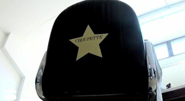 Karl Lagerfeld całuje swoją Choupette (FOTO)