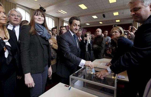 Carla Bruni zostawi Sarkozy'ego? (FOTO)