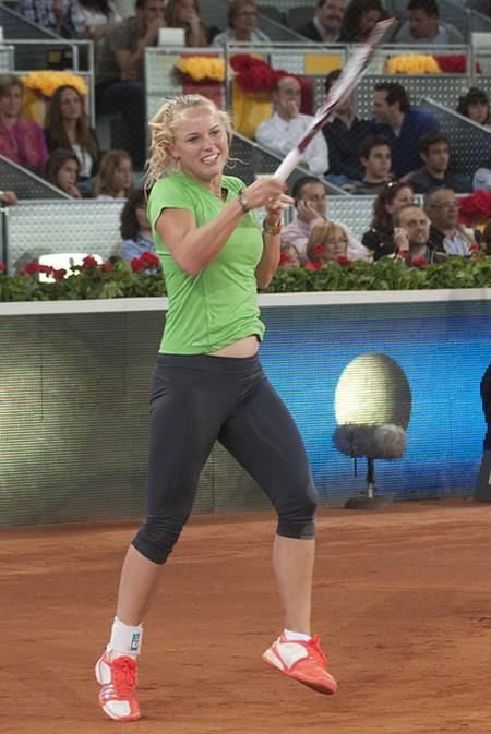 Caroline Wozniacki - może nie gra, jak Radwańska... (FOTO)