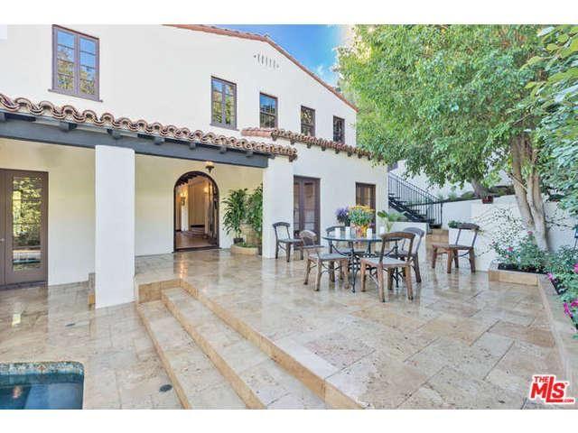 Właścicel najpięknijeszej pupy w Hollywood kupił nowy dom