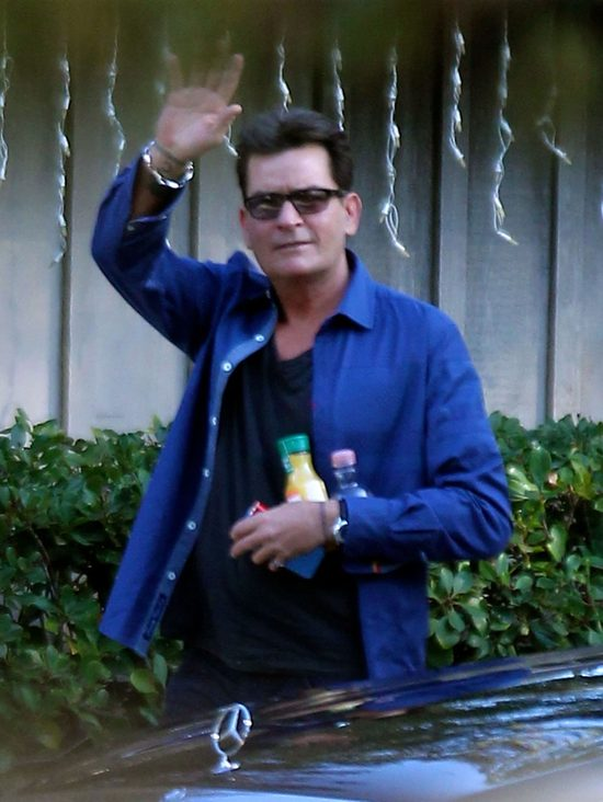 Brett Rossi: Charlie Sheen ZMUSIŁ mnie do ABORCJI