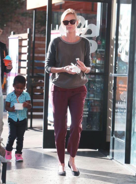 Charlize Theron i Sean Penn jako przykładni rodzice (FOTO)