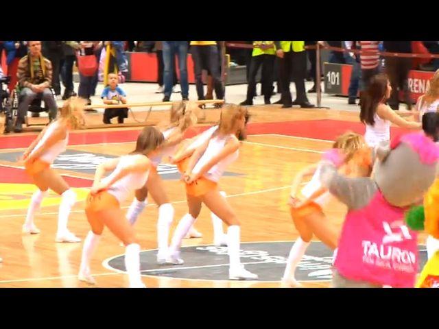 Cheerleaderki z Sopotu dały show w czasie meczu w Phoenix