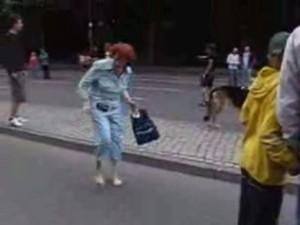 Babcia wywija (VIDEO)