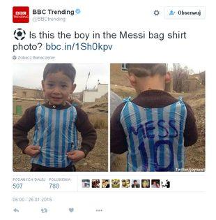 Odnaleziono małego fana Messiego w koszulce z reklamówki