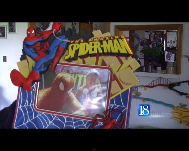 5-letniego fana komiksów żegnali Superbohaterowie [VIDEO]