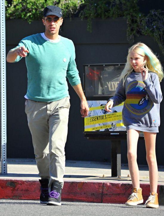 Chris Martin z córką na lunchu (FOTO)