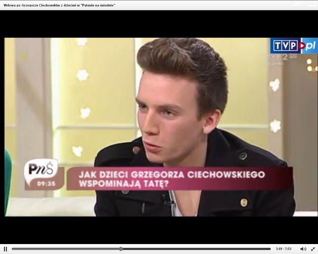Brunon Ciechowski wygląda jak skóra zdjęta z ojca [VIDEO]