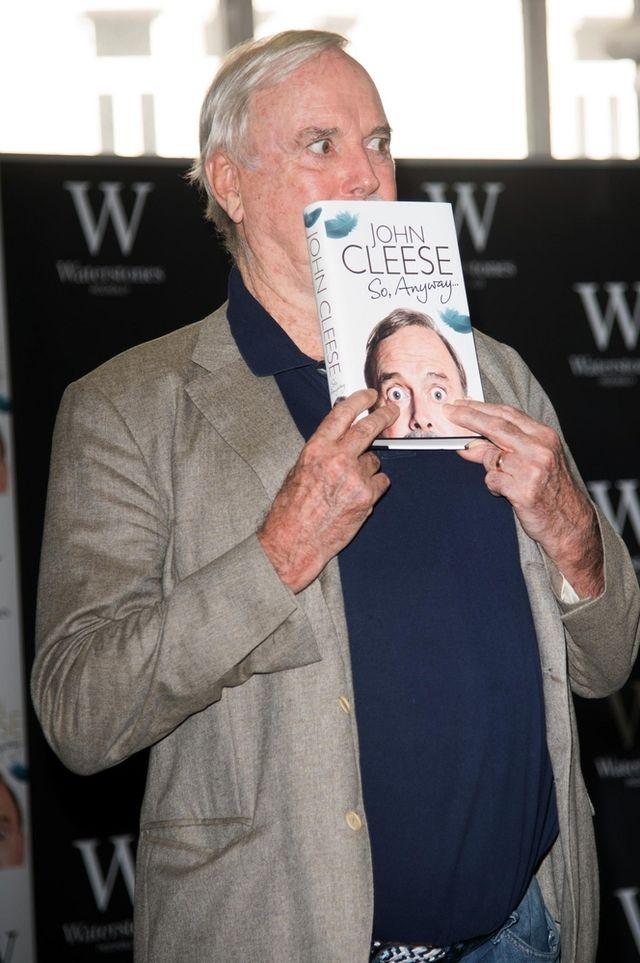 John Cleese z dystansem o swojej śmierci