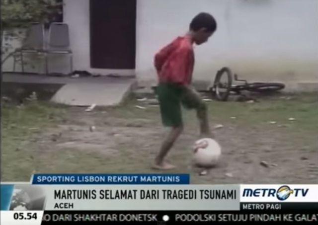 Wow! Cristiano Ronaldo ocalił go po tsunami. Teraz... VIDEO