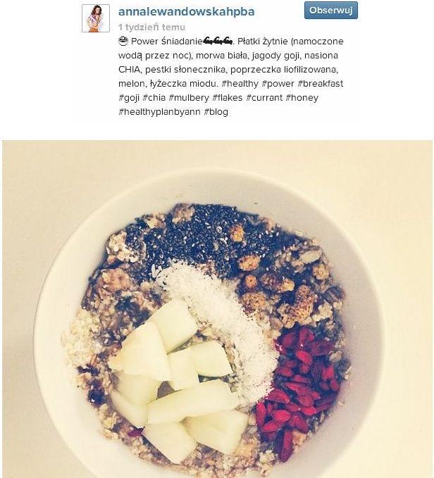 Śniadanie Jessiki Mercedes jak Anny Lewandowskiej? (FOTO)