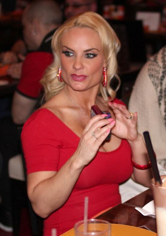 Coco Marie Austin - nowa figura, nowe usta (FOTO)