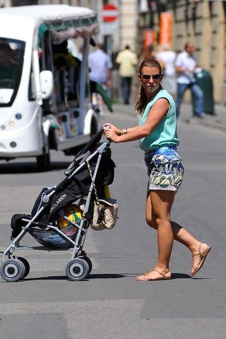 Coleen Rooney z dzieckiem w Krakowie (FOTO)