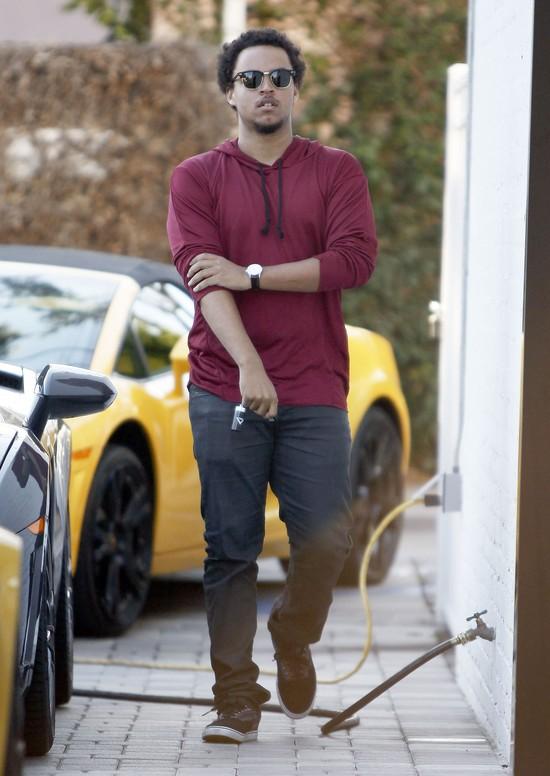 Connor Cruise (syn Toma Cruise'a) kupuje Lamborghini? (FOTO)