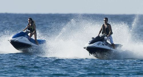 Simon Cowell szalał na skuterach wodnych