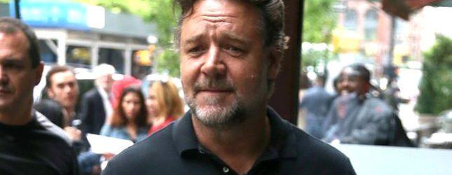 Russell Crowe znów kibicuje naszym – po polsku!