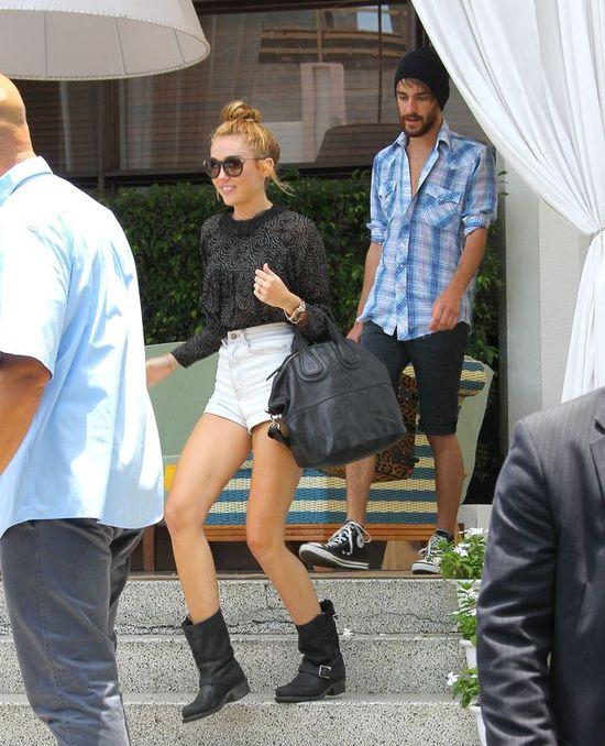 Wychudzona Miley Cyrus (FOTO)