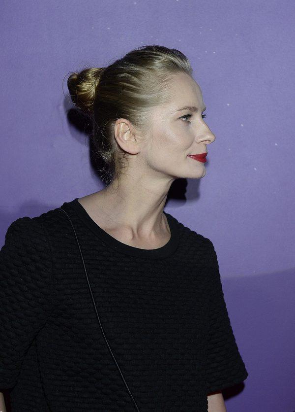 Magdalena Cielecka w koczku.