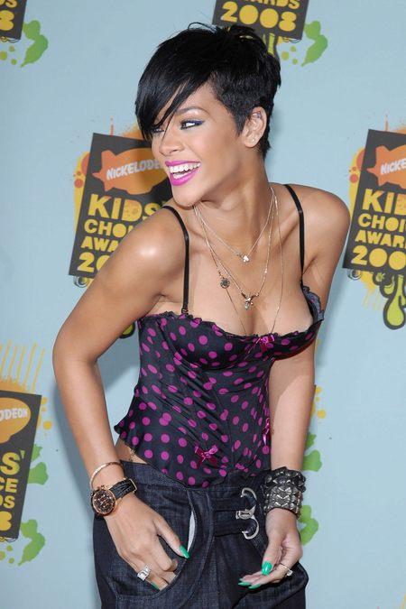 Rihanna w gorsecie, dieta gorsetowa