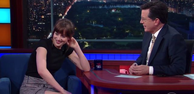 Dakota Johnson pije tequil� na wizji! (VIDEO)