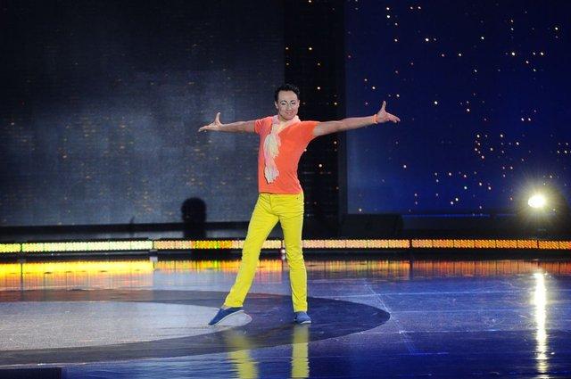 W pe�nym makija�u robi szpagaty w Tylko taniec (FOTO)