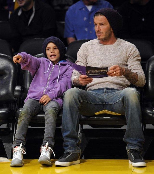David Beckham z synem Romeo na meczu (FOTO)