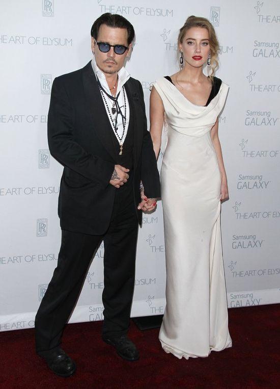 W oczy rzucał się jeden szczegół u Amber Heard i Johnny'ego