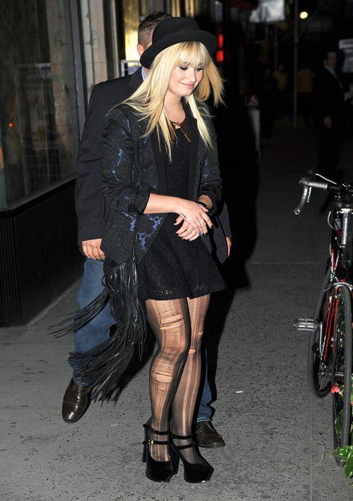 Demi Lovato na wieczorowo i rockandrollowo...
