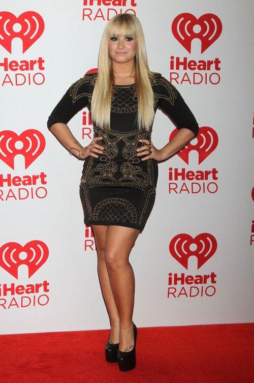 Nowa fryzura Demi Lovato (FOTO)