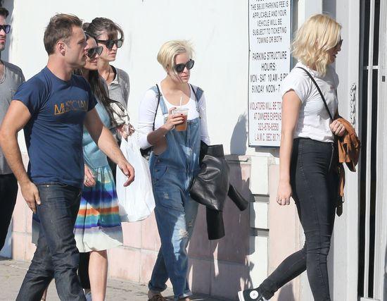 Demi Moore i jej córki mają powody do świętowania (FOTO)