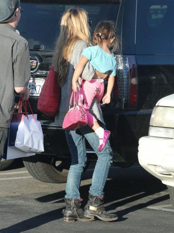 Córki Denise Richards są urocze jak ich mama (FOTO)