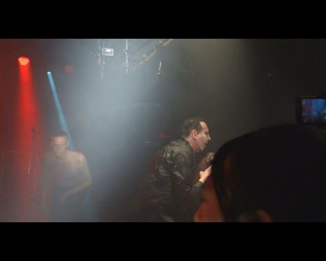 Halloweenowy występ Mansona i Deppa [VIDEO]