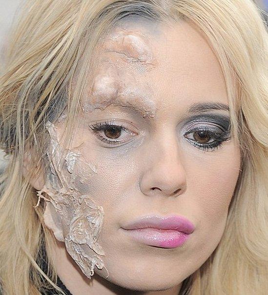 Koszmar! Zdeformowana twarz Dody (FOTO)