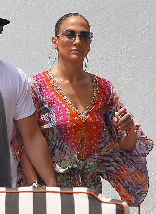 Jennifer Lopez - po basenie jest LANS (FOTO)