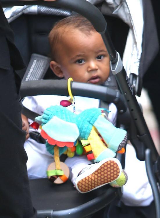 Kim Kardashian boi się o dzieci