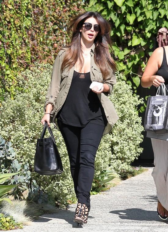 Kim Kardashian rozjaśniła końcówki włosów
