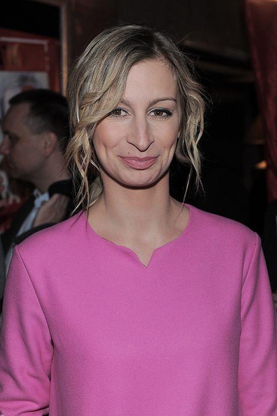 Magda Schejbal na salonach.
