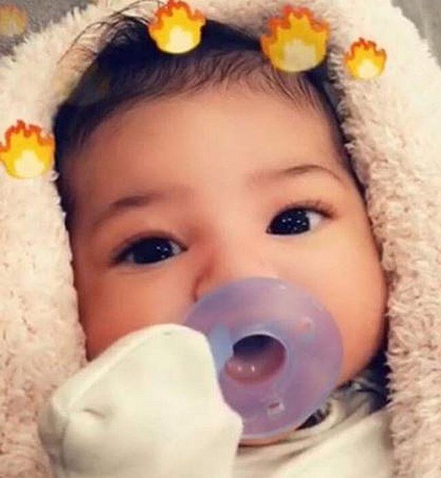 Tak wygląda Stormi, córka Kylie Jenner i Travisa Scotta