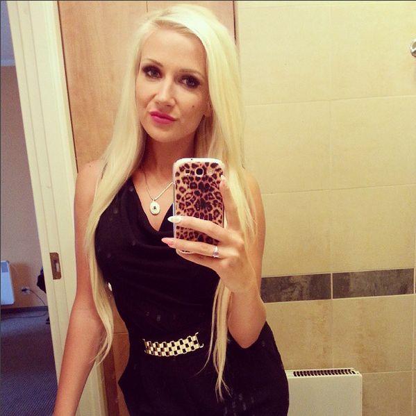 Eliza z Warsaw Shore rozpływa się nad penisem Trybsona VIDEO