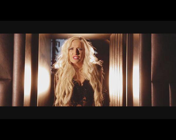 Eliza z Warsaw Shore jako Elizka w nowej piosence  [VIDEO]