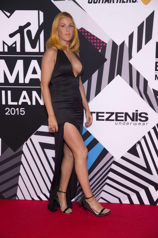 Modowo-urodowa masakra Ellie Goulding! (FOTO)