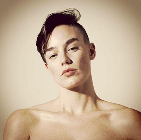 Elliott Sailors - raz model, raz modelka (FOTO)