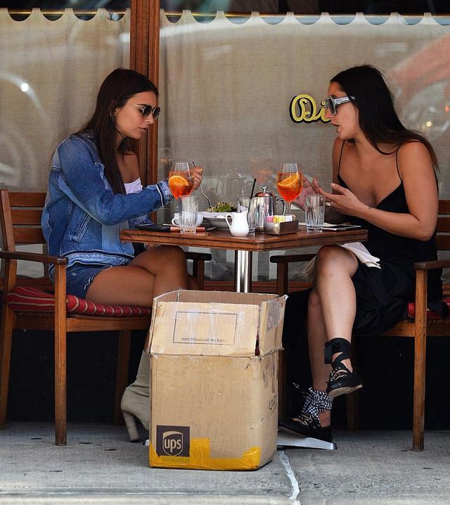 Siostry Jenner zdetronizowane! Ta gwiazda wygl�da nawet lepiej od Kendall (FOTO)