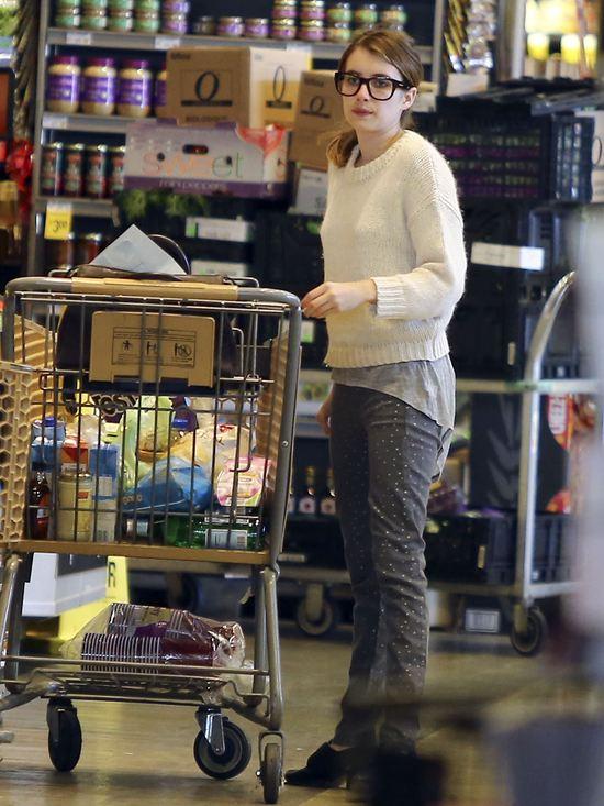 Emma Roberts na co dzień nie wygląda jak gwiazda (FOTO)