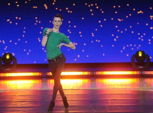 Erwin Stefaniuk kocha Beyonce i tańczy na szpilkach [VIDEO]